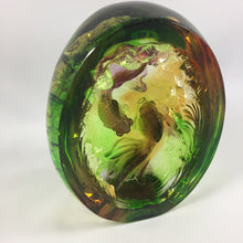 Load image into Gallery viewer, Amore Jewell Liuli Crystal Glass - Golden jade fate Goldfish ~ 金玉良緣