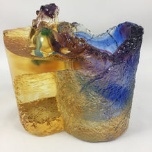 "Load image into Gallery viewer, Amore Jewell Liuli Crystal Glass - Brave Troop ""Pixiu""pen  holder ~ 聚財貔貅"
