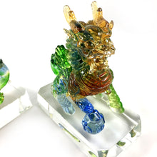 Load image into Gallery viewer, Amore Jewell Liuli Crystal Glass - Lucky Blessing Kirin Pair ~ 聚財麒麟對
