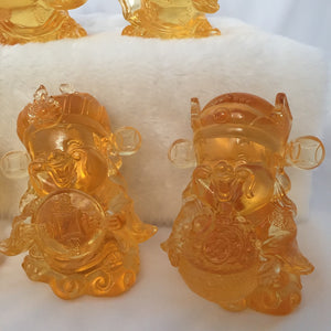 Large Ancient Coin - Gods (Fortune) of Five-Way Wealth in amber color - 五路財神-錢幣