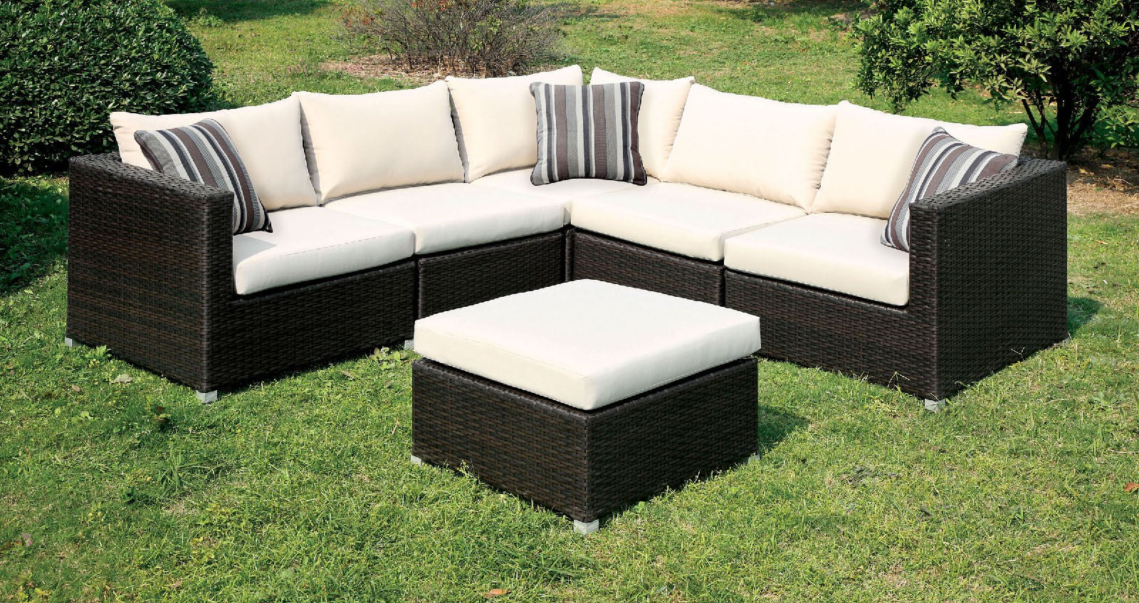 Abion Patio Fabric Ivory Sectional Set