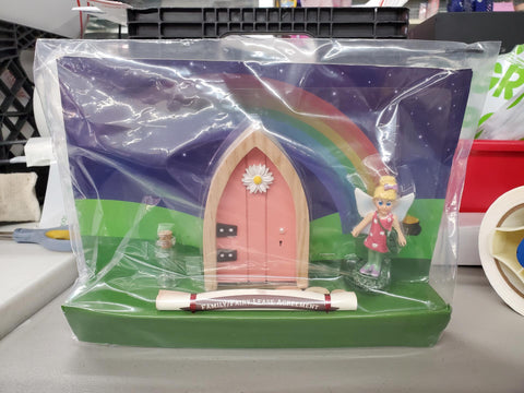 LIKE NEW - The Irish Fairy Door Company - Welcome Kit Pink