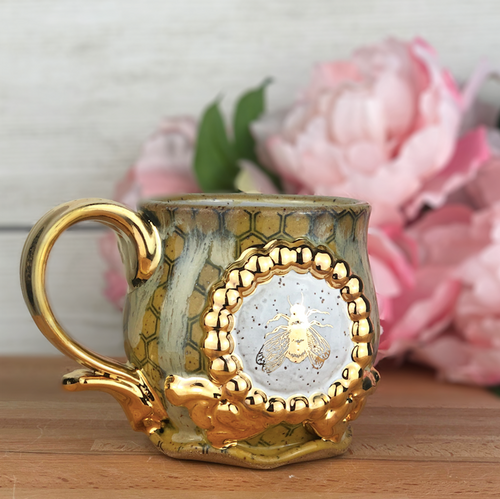 Speckled Bee Mug