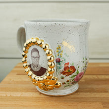 Load image into Gallery viewer, RBeeG Speckled Cameo Mug