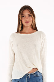 Long Sleeve Twister Tee In Ivory Shell