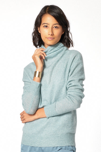 Patricia  Turtle Neck Sweater in Jade