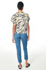 Cleo Tee In Blue Safari Wash