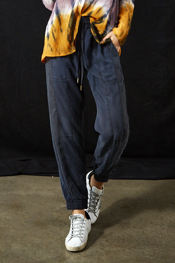 Laurel Pant In Midnight