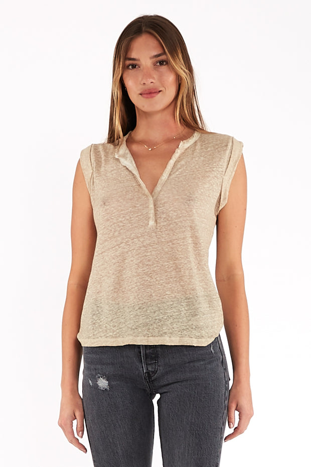 Loni Tee In Taupe Oil Wash
