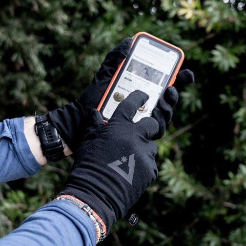 Newton merino wool gloves with touchpads for easy mobile use