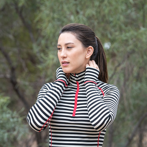 Long sleeve thermal base layer with zip