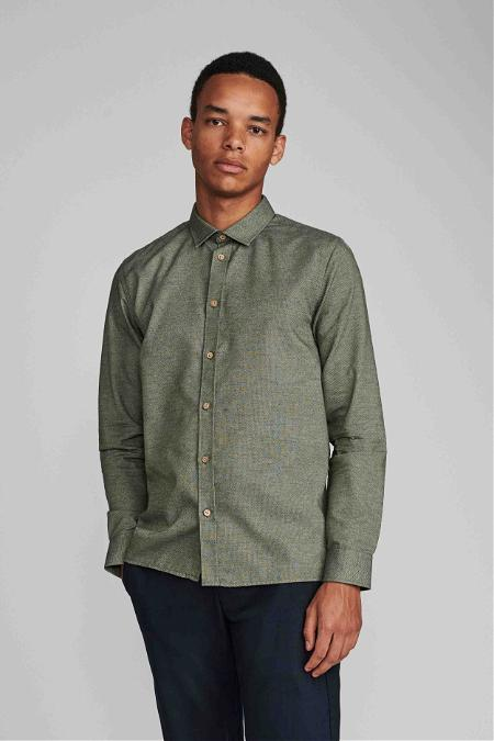 Long Sleeve Shirt in Dark Green - Anerkjendt