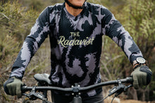 Load image into Gallery viewer, Disruptive Coloration Dirt Long Sleeve Jerseys: Black
