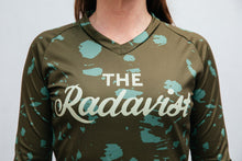 Load image into Gallery viewer, Disruptive Coloration Dirt Long Sleeve Jerseys: Green