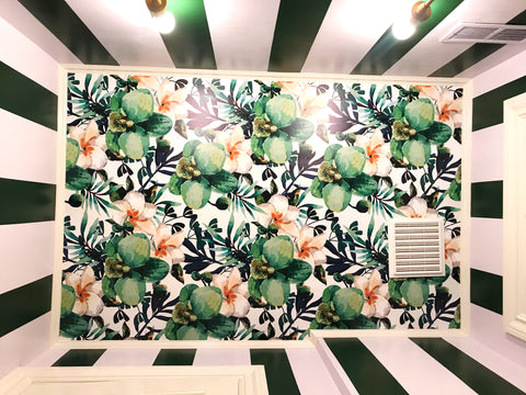 Floral wallpaper on the ceiling