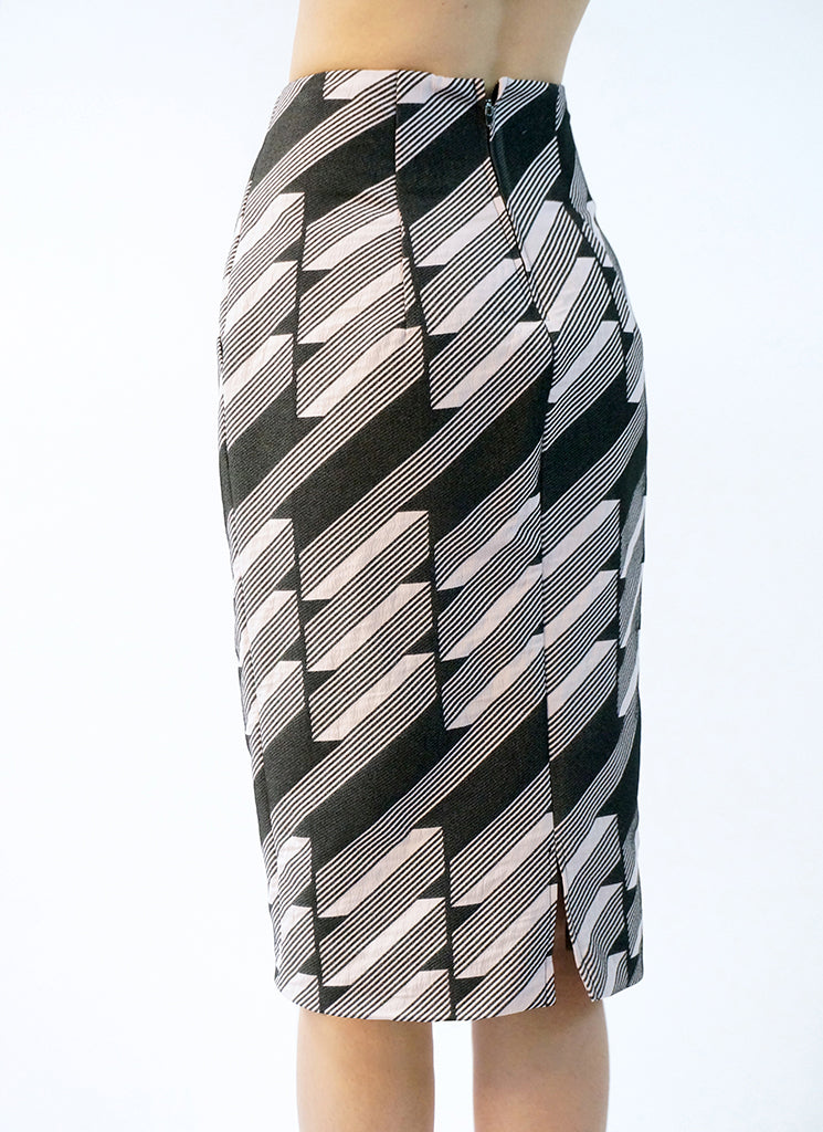 DECO SKIRT (ABSTRACT)