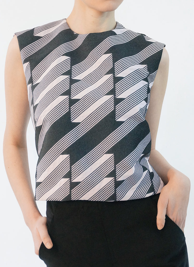 DECO TOP (ABSTRACT)