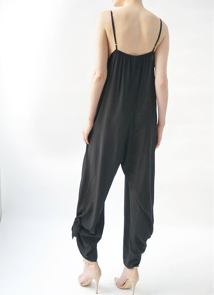 MAGI JUMPSUIT (BLACK)