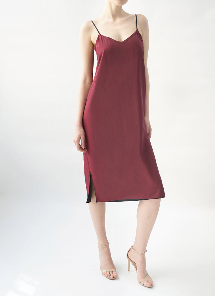 SABINE REVERSIBLE DRESS (BLACK/BERRY)