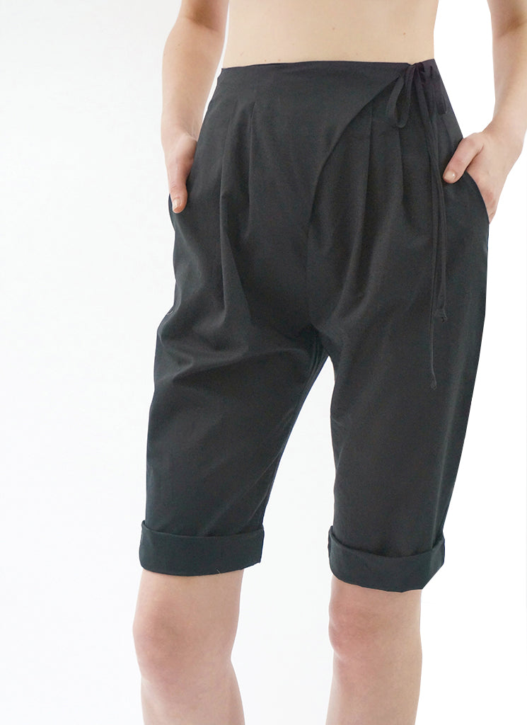 STARLET SHORT (BLACK)