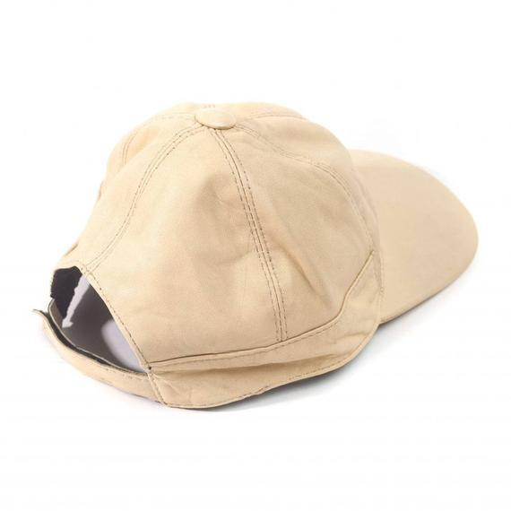 Juliette lambskin leather baseball cap for women in Cream Color