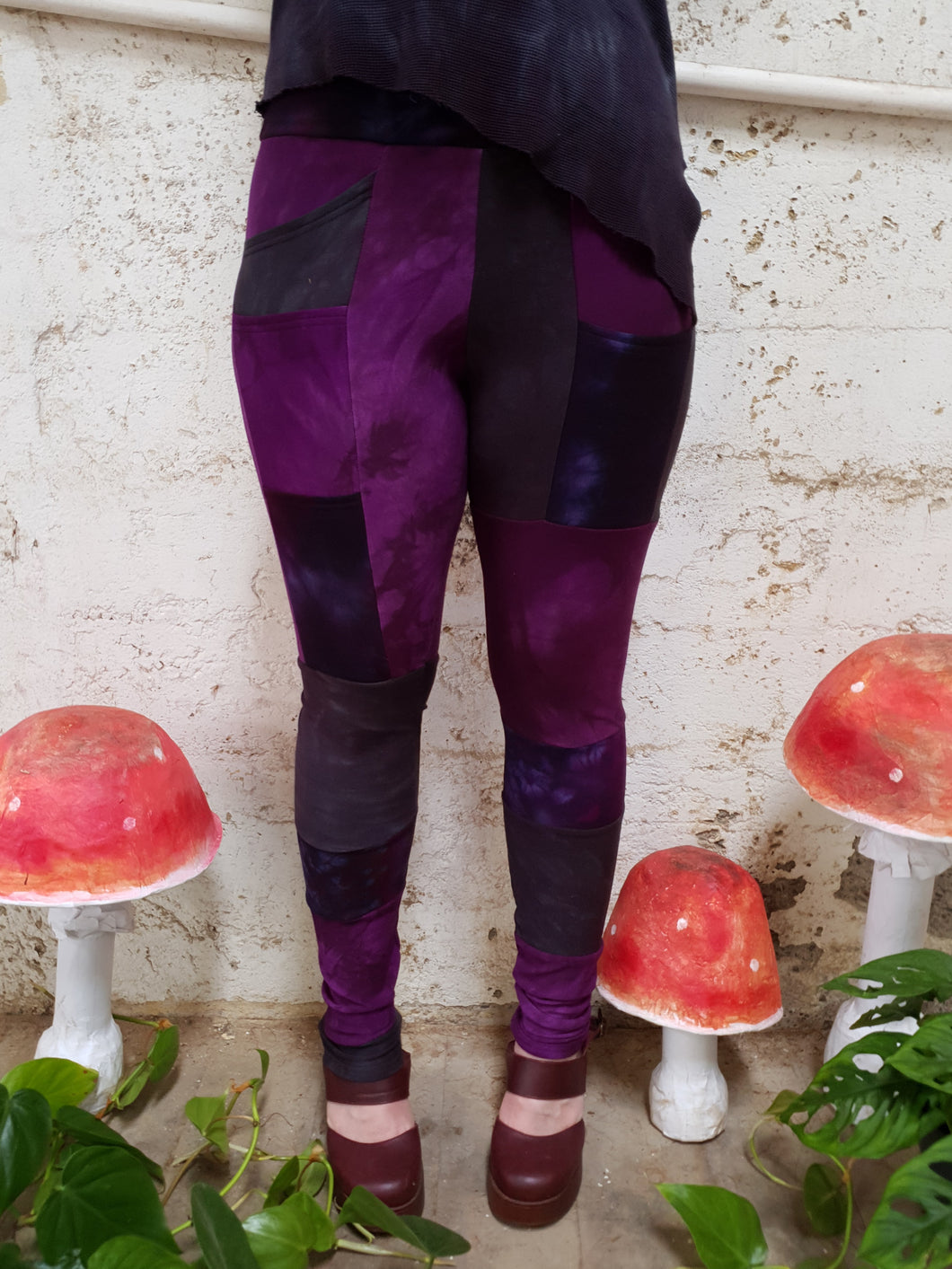 Mystic Pixie Pocket Leggings