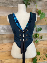 Load image into Gallery viewer, Reversible Pixie Vest