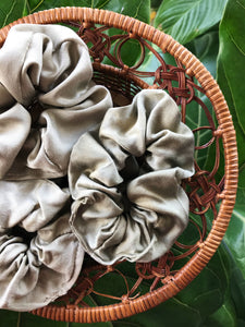 Silk Scrunchie in Sage