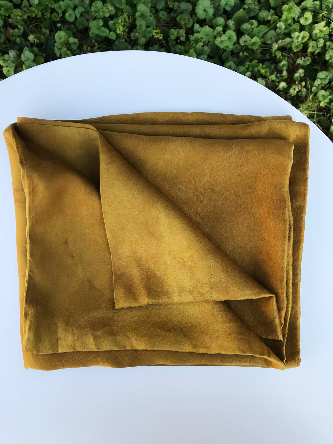 Silk Pillowcase in Warm Oro & Rosado