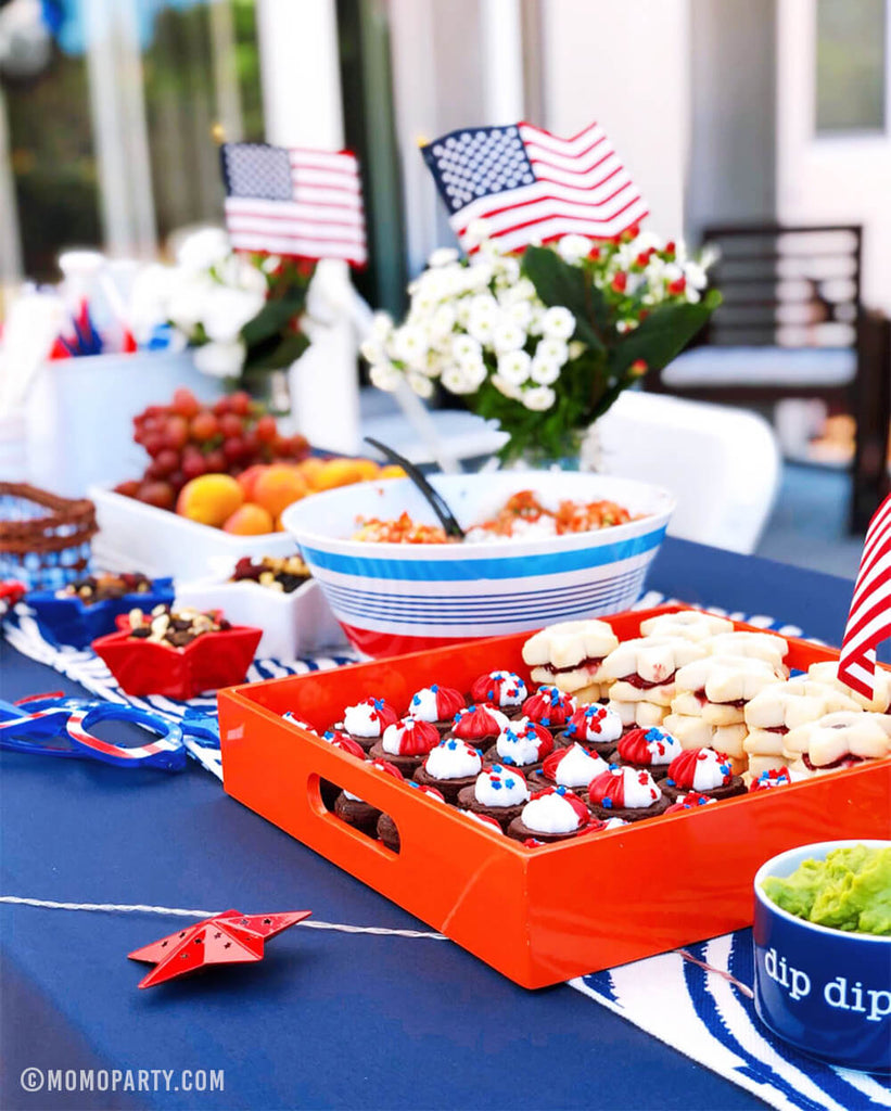 4th of July Party Ideas at home by Momo Party
