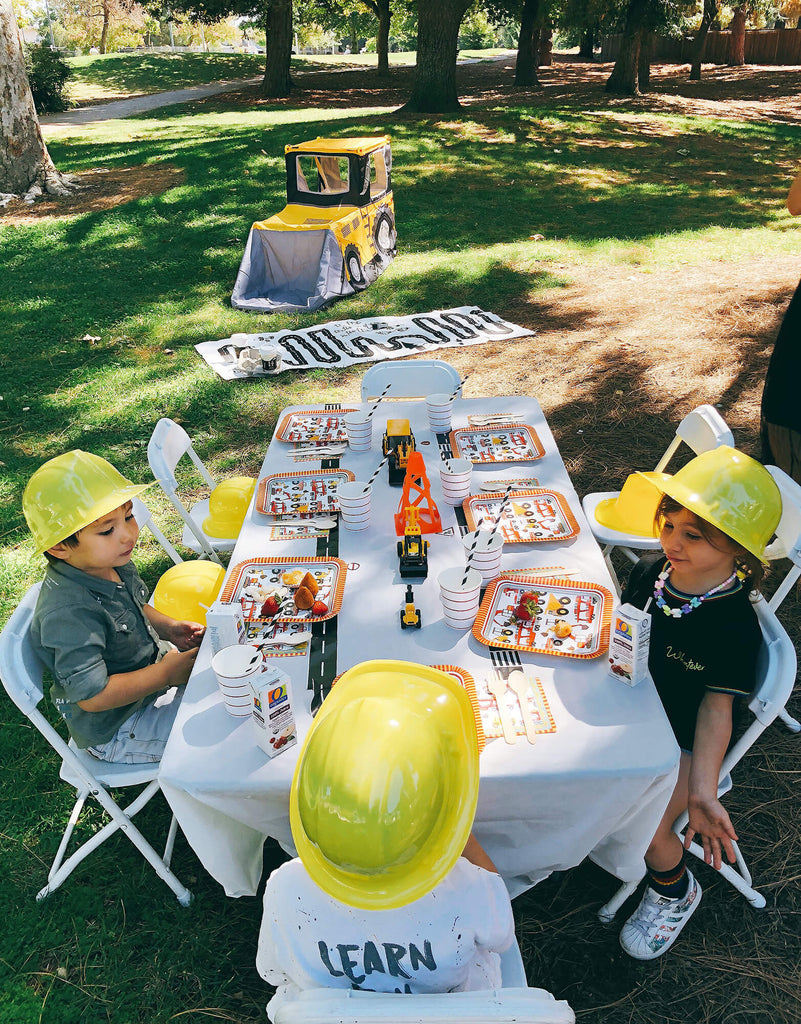 Construction Birthday Party Kids Table Set Up