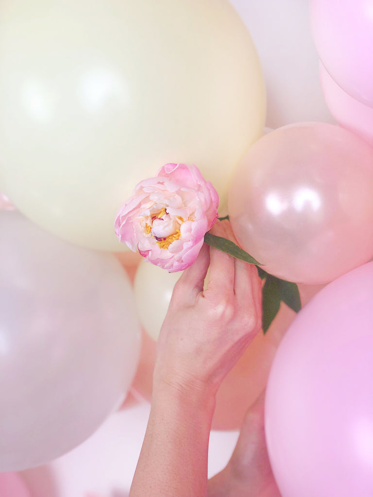 Floral Balloon Cloud Tutorial Inserting Flowers