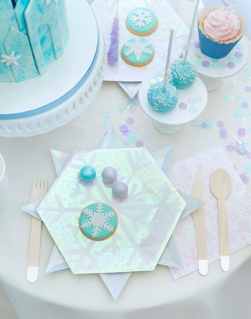 Kids Frozen Winter Onderland Birthday Party Tablescape Ideas
