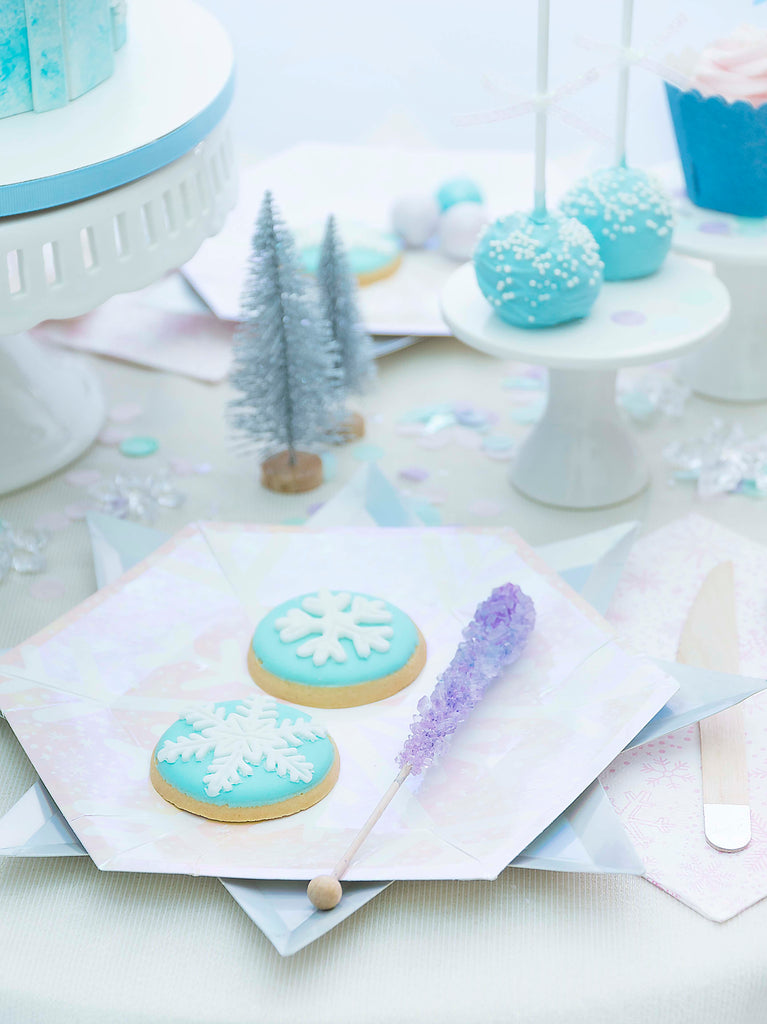 Frozen Themed Party Supplies and Decoration Ideas