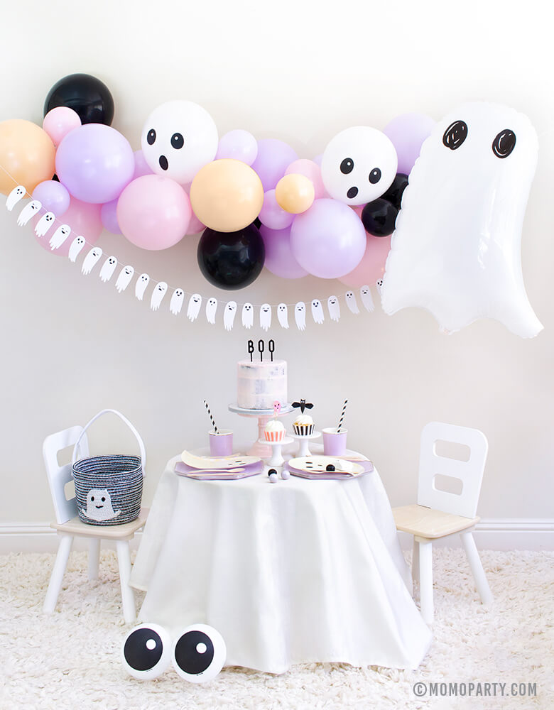 Kids Halloween Party at Home_Ghost Themed Boo-to-you_Party Look by Momo Party