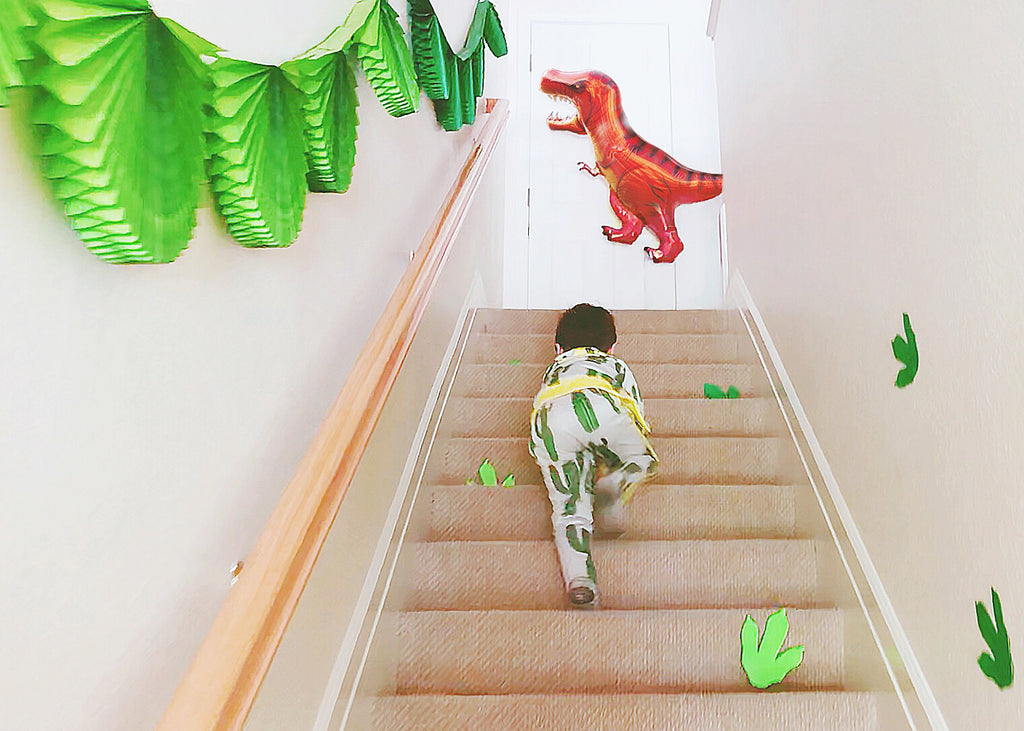 Kids Dinosaur Birthday Party Decoration Ideas_DIY Dinosaur Footprints_Kids Party Fun