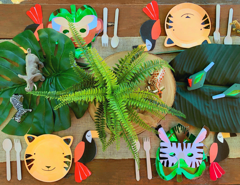 Safari Jungle Party Table Set Up_Wild One First Birthday Party Ideas