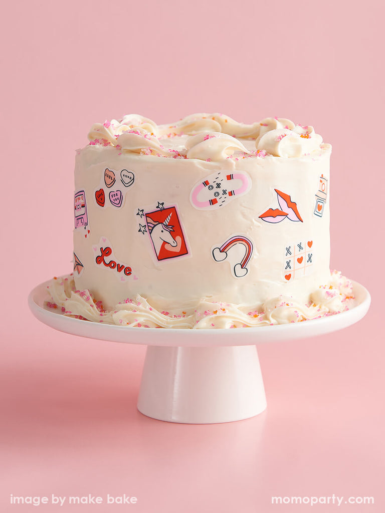 Valentine's Day Birthday Cake Decorating Ideas by Momo Party