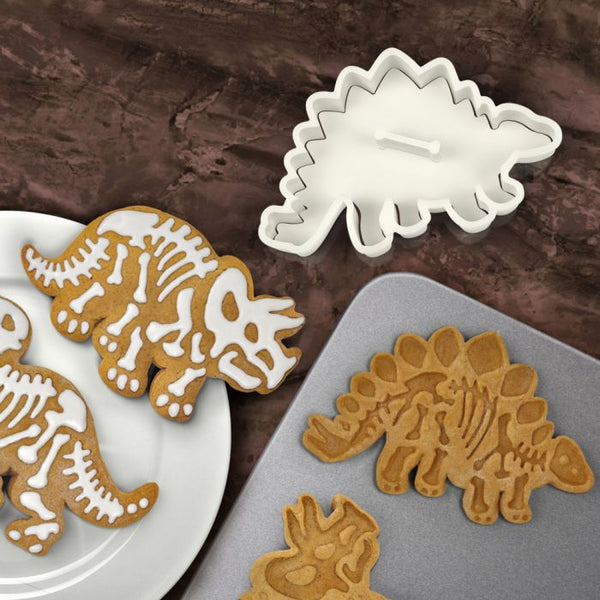 Fred DIG-INS Dinosaur Fossil Cookie Cutter/Stampers, Set of 3 different dinosaurs in each package, making a perfect dinosaur cookies for dinosaur lover, also a great birthday party gift