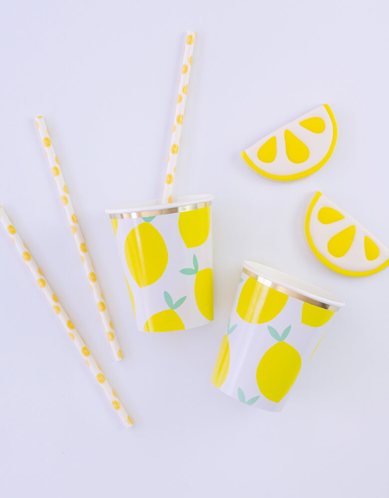 Party Lemon Patterns Paper Straws with Lemon cups and cookies