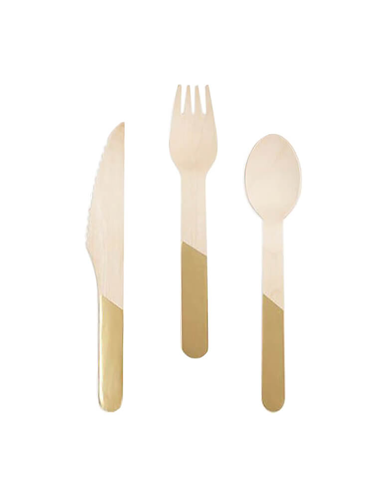 Cakewalk Eco friendly Gold Dipped Wooden Cutlery Set with 24 pieces of high quality wooden knives, forks and spoons decorated with beautiful gold dipped handles.