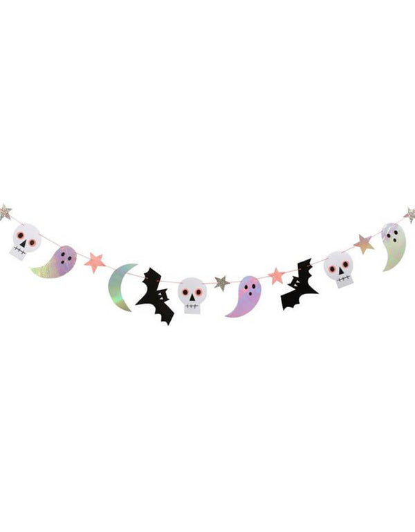 Meri Meri_Halloween-Icon-glimmering  Garland with ghosts, bats, skulls, stars and moons with lots of iridescent and shiny foil and glitter details