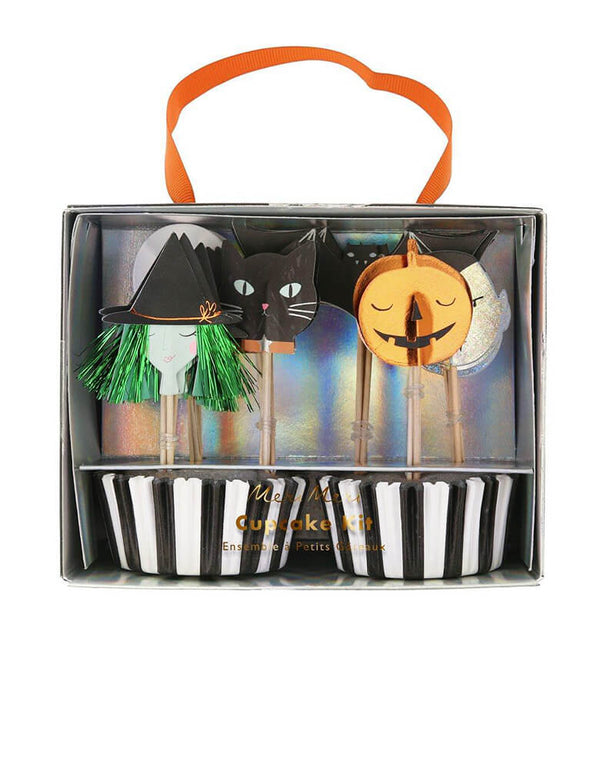 Meri Meri Halloween Motif Cupcake Kit, 24 themed toppers in 6 designs. Featuring stripy cases and boo-tiful toppers including designs of a witch, bat, vampire, black cat, skull and pumpkin with lots of shimmering silver holographic and copper foil detail.