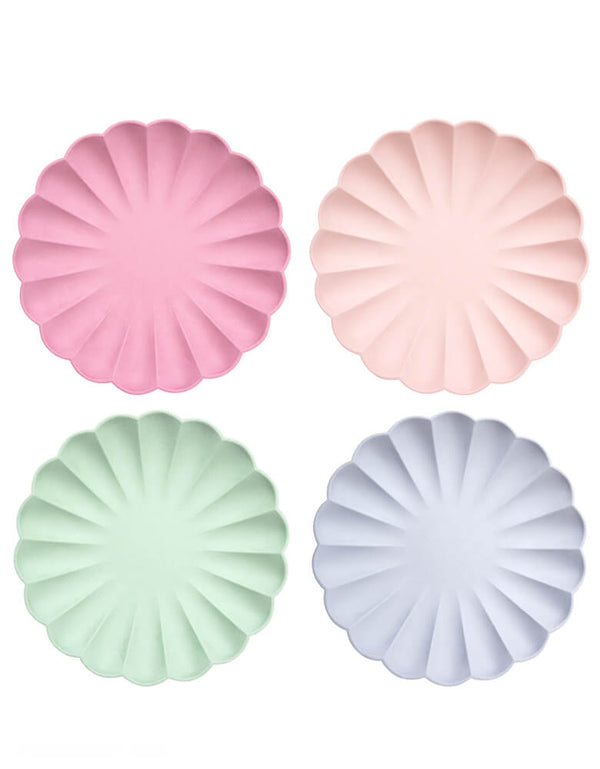 Meri Meri - Multicolor Simply Eco Large Plates in Pale Pink, Pale Mint, Pale Blue, and Deep pink 4 colors. These fabulous reusable plates are perfect for any special celebration, including baby showers, birthday parties and picnics. They are made using bamboo, a naturally renewable resource.