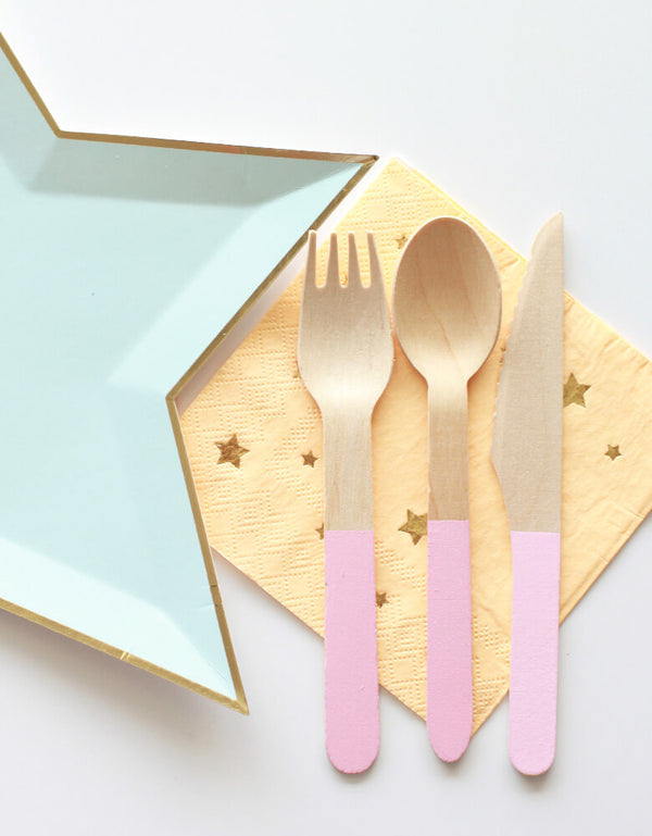 Soft Pink Wooden Cutlery Set with Jazzy Star Napkin and plate