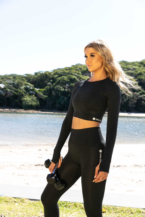 Edge Seamless Long Sleeve Black Crop Top