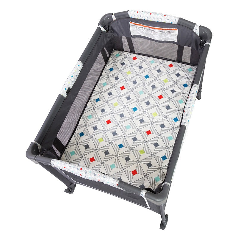 Lil Snooze Deluxe Nursery Center - Diamond Geo