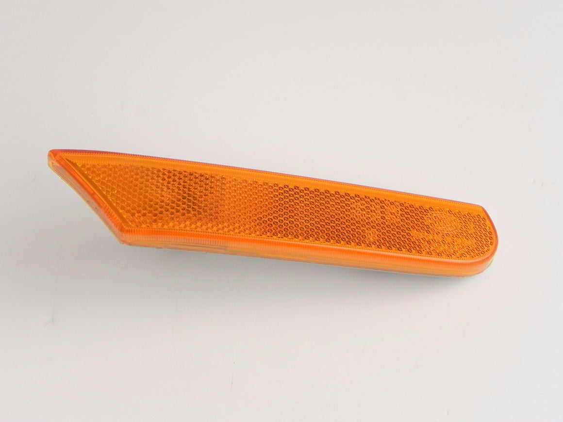 (New) 911/Boxster Right Hand Amber Side Marker Light - 1997-2005