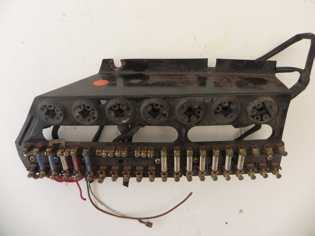 Porsche Electrical Parts Page 5 Aase Sales Center 964 Fuse Box Used 911 Panel 1974 89