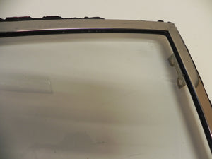 (Used) 911 Sekurit Quarter Window Right Clear - 1965-77